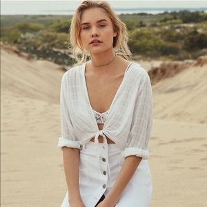 BDG Courtney Tie-Front Open White Blouse Cropped